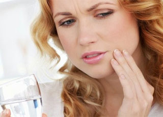 Cách loại bỏ phiền toái do đau miệng