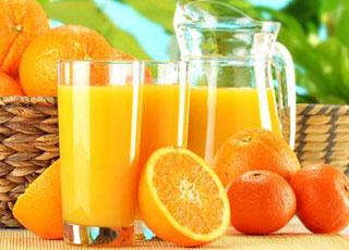 Nước cam rất có hại cho men răng